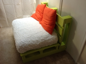 A really nice chair from 2 pallets